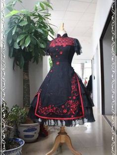 for some reason this reminds me of RWBY<Chinese Qi Pao Style Rococo Lolita Dress. oh la la! Moda Lolita, Lolita Mode, Japanese Street Fashion, Asian Fashion, Kawaii Fashion, Lolita Fashion, Mode Kimono, Mode Kawaii, Whimsical Fashion