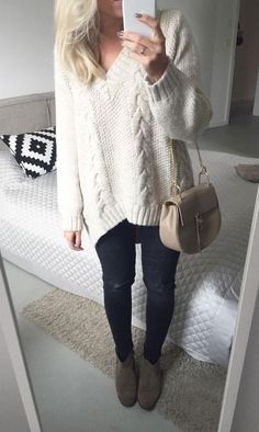 Cable knit sweater & Chloe bag.