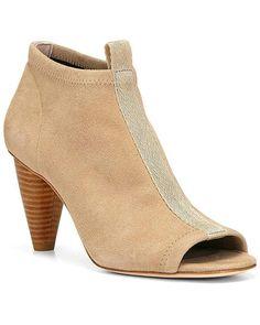 95b37dd2aff 51 best Sandals images on Pinterest