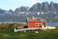 Farmhouse on the island of Spildra, Northern Norway. Submitted by Ivar Bjorklund.