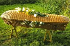 Bury me in a wicker basket, yeah! Green Burial: The Frugal Funeral for an Ecological Eternity Green Funeral, Funeral Sprays, Funeral Planning, Funeral Ideas, Post Mortem, Green Business, After Life, Funeral Flowers, Homestead Survival