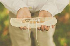 """Wald-Hochzeit, Hochzeit im freien, Frühling Hochzeit, Frühling, Ringbearer Kissen, Kajak Ring Kissen, Sommer, Hochzeit, rustikal """"Alyeska"""" im Sommer on Etsy, 26,43€"""