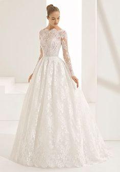 Rosa Clara Wedding Dresses to Make You Stand Out Bateau Wedding Dress, Rosa Clara Wedding Dresses, 2nd Wedding Dresses, Wedding Dress With Pockets, Wedding Dress Trends, Wedding Dress Sleeves, Designer Wedding Dresses, Bridal Dresses, Gown Wedding
