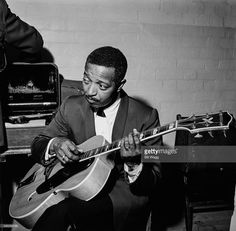 Royalty Free Stock Photos, Illustrations, Vector Art and Video Clips Jazz Artists, Jazz Musicians, Jazz Blues, Blues Music, Freddie Green, Jazz Players, Guitar Players, Jazz Cat, Swing Jazz