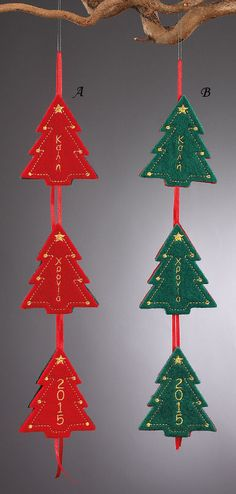 www.mpomponieres.gr Χριστουγεννιάτικη γιρλάντα φτιαγμένη από τρία δεντράκια τσόχινα όπου τα δυο έχουν κεντημένη την ευχή Καλή Χρονιά και στο άλλο την χρονολογία 2015 σε διάφορα χρώματα. Η συγκεκριμένη γιρλάντα μπορεί να μπει ακόμα και σε χριστουγεννιάτικο δέντρο. Όλα τα χριστουγεννιάτικα προϊόντα μας είναι χειροποίητα ελληνικής κατασκευής. http://www.mpomponieres.gr/xristougienatika/xristougeniatikes-girlantes-me-tria-dentrakia.html #burlap #christmas #ornament #felt #stolidia…