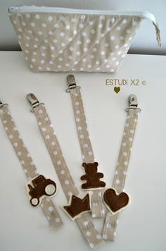 CHUPETEROS...♥... PACIFIER CLIPS