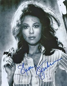 Sherry Jackson, the little girl on The Danny Thomas Show, grew up to be a beautiful sexy woman and still is in Danny Thomas, Marlo Thomas, Sherry Jackson, Francesca Annis, Jane Greer, Karen Steele, Carroll Baker, Gloria Grahame, Erin Gray