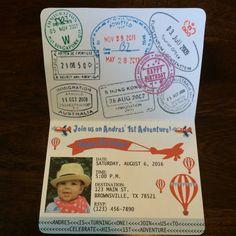 Vintage avión pasaporte invitación por KarlaBrownDesigns en Etsy