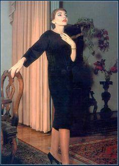 MARIA CALLAS. MARIA CALLAS SOPRAAN. Maria Anna Sofia Cecilia Kalogeropoulos. Maria Callas (December 2, 1923 – September 16, 1977). Maria Callas. www.callasintclub.com