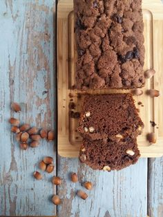 This Chocolate and Hazelnut Bread is moist, light and delicious, taste a little bit like Nutella! (in English and Polish) Nutella, Polish, Meals, Chocolate, Eating Healthy, Cake, Cooking Tips, Sweet, Food