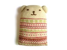Flossie, the world's warmest bear! Look! I'm actually making something from pinterest!