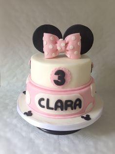 Minni Maus Torte   Torte zum 3. Geburtstag   rosa Schleife aus Fondant   Mädchen Geburtstag   Kindergeburtstag    zweistöckig   Fondanttorte