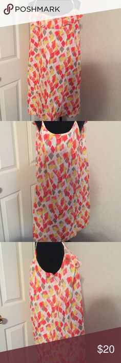 Old Navy spaghetti strap dress size XL. Old Navy spaghetti strap dress size XL. This is a gorgeous summer dress can be worn with cardigan or without. Has very cute ruffle in the front. Has great summer colors and is in great shape. Old Navy Dresses Midi