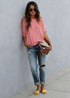 Love the outfit but I would wear different sandals. The color is good though.