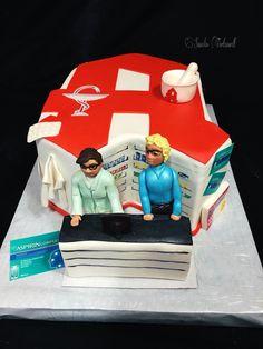 Pharmacy Cake / Apotheke Torte Pharmacy Cake, Fondant, Tiramisu Cheesecake, Graduation Photos, Photo Ideas, Baking, Drinks, Birthday, Desserts