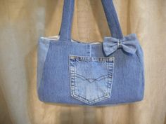 Items similar to Purse Denim Up Cycled Denim Pocket/ Bow Lined Handbag Ready To Ship on Etsy Jean Crafts, Denim Crafts, Jean Purses, Purses And Bags, Denim Bag Patterns, Denim Handbags, Denim Purse, Denim Fabric, King Design