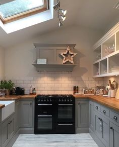 Grey Kitchen Extension with Skylight Rustic Kitchen, New Kitchen, Kitchen Decor, Kitchen Grey, Kitchen Ideas, Kitchen With Black Appliances, Small Kitchen Diner, Country Kitchen, Kitchen Furniture