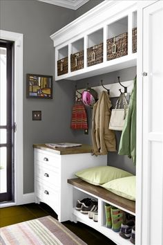 Still wishing I had a mud room! Or some space I can turn into a mud room! Mudroom Laundry Room, Laundry Area, Closet Mudroom, Ideas Para Organizar, Better Homes And Gardens, Staying Organized, Room Paint, Built Ins, Home Organization