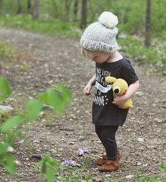 Knit this chunky kids pom pom beanie hat with a free knitting pattern by  handylittleme! Easy to make this hat will keep your little ones warm. The  pattern has sizes for baby, toddler, children, women and men. You can make  one for all of the family!