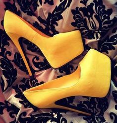 Nadyana Magazine presents you take a look the latest style of shoes.All for fashion desigan offers a wide variety of new styles in the Shoes.Look ...