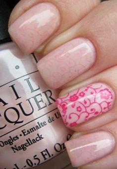 Feminine and chic nail art!