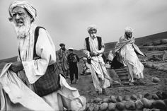 One of the images of his homeland shot by Afghan photographer Zalmaï from his display 'Promises and Lies, The Human Cost of the War on Terror'. War Photography, Surrealism Photography, Photography Lessons, Documentary Photography, Amazing Photography, Street Photography, Alternative Photography, Celebrity Photographers, Magnum Photos