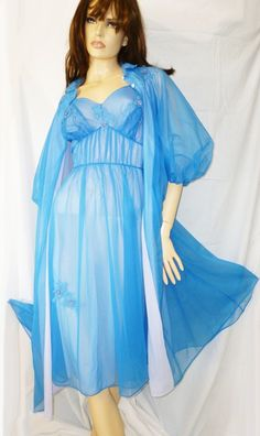 VINTAGE ARTEMIS ROYAL BLUE SHEER NYLON EMBROIDERED PEIGNOIR AND GOWN SET-SMALL #ARTEMIS