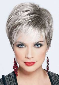 Pixie haircut is really appealing and perfect idea for ladies who want to change their looks completely. So today I will show you the latest pixie haircut. Haircuts For Fine Hair, Hairstyles Over 50, Hairstyles For Round Faces, Short Hairstyles For Women, Cool Hairstyles, Pixie Haircuts, Hairstyle Ideas, Choppy Hairstyles, Fringe Hairstyles