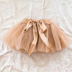 beautiful tutu that I have been meaning to make in my head is here on the page