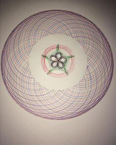 #Spirograph #draw #draws #drawing #art #artwork #spirographart #fun #toy #round #JR #artbyme