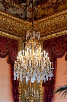Grand chandelier NIII Louvre30 Top 10 Beautiful Chandelier Designs in the world!