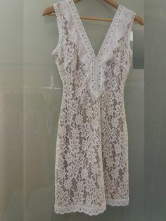 #Mini_φόρεμα δαντέλα με V λαιμόκοψη και ανοικτή πλάτη. Διαθέσιμο στο www.primadonna.com.gr Lace, Tops, Women, Fashion, Moda, Fashion Styles, Racing, Fashion Illustrations, Woman
