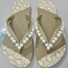 Flip Flops, White Flip Flops, Gold Lace, Decorated Flip Flops, Block Prints, Colors, Shoes Sandals, Zapatos, Rhinestones