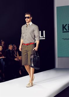 Full Length Straight Cut Short, Shirt and Belt. Great!