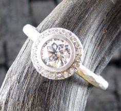 Annie Fensterstock Diamond Halo Ring