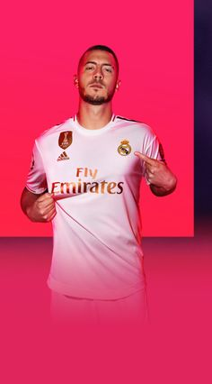 Meet the FIFA 20 Cover Athletes for the Standard Edition, Champions Edition, and Ultimate Edition: Eden Hazard, Virgil Van Dijk, and Zinedine Zidane. Fifa Games, Ps4 Games, Marvel Contest Of Champions, Eden Hazard Wallpapers, Candy Crush Saga, Real Madrid Manchester United, Football Dress, Barcelona Soccer, Fc Barcelona