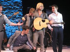 Colm, Ryan, Neil, Keith, & Emmet - I love that they're doing more choreography for 7 Drunken Nights, cause it got WAY funnier! haha
