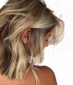 Hottest Balayage Hair Color Ideas for short hairs Short Hair Looks. Brunette Balayage & Hair Highlights : 40 On-Trend Balayage Short Hair Looks Blonde Balayage Highlights, Hair Color Balayage, Ombre Hair, Short Balayage, Color Highlights, Short Blonde Balayage Hair, Long Bob Blonde, Honey Balayage, Brown Blonde Hair