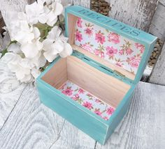 Aqua and White SHABBY CHIC Wood Recipe Box by HuckleberryVntg