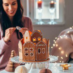 Pienet annoskokoiset glögijuustokakut | Annin Uunissa Geisha, Gingerbread, Cheesecake, Food And Drink, Baking, Desserts, Christmas, Tailgate Desserts, Xmas