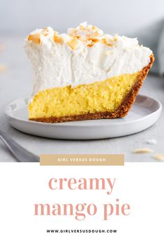 A deliciously creamy mango pie with a graham cracker crust, fresh mango custard filling, a mountain of whipped cream and a toasted coconut topping. Mango Tart, Mango Pie, Mango Cream, Mango Dessert Recipes, Mango Recipes, Sweet Recipes, Gelatin Recipes, Cream Puff Recipe, Cream Cheese Recipes