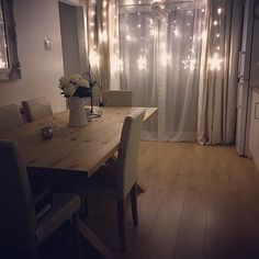 Literally in love with our new Christmas fairy lights, thank you @mrs_rackley.home for the recommendation there amazing ♡❄️❤️✨ #ChristmasLights #FairyLights #Amazing #SoCosy #LoveLoveLove #OurHome #InstaHome #NextHome #Dunelm #Matalan #TheRange #HomeSense #eBay