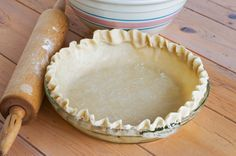 Easy Homemade Pie Crust Recipe ~ How to Make Pie Crust in the Food Processor Pie Crust Uses, Baked Pie Crust, Homemade Pie Crusts, Pie Crust Recipes, Cheesecake Recipes, Cheesecake Crust, Homemade Pies, Food Network Recipes, Food Processor Recipes