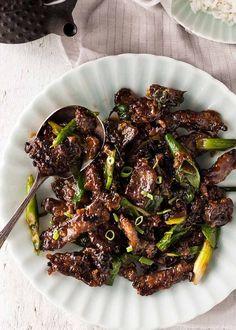 Crispy Beef, Fried Beef, Pasta Primavera, Velveting Meat, Beef Strips, Recipe Tin, Beef Recipe Video, Recipetin Eats, Pot Pasta