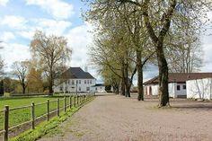 Semb hovedgård, Eskebekkveien 98, 3186 Horten, Norway