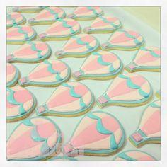 My second time to make hot air balloon cookies!   Flickr: Intercambio de fotos