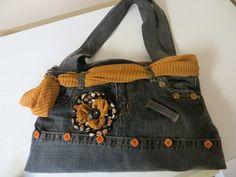 jeans recycler fait a la main par moi Oeuvres, Fanny Pack, Jeans, Diy, Fashion, Bags, Handmade, Jewels, Hip Bag