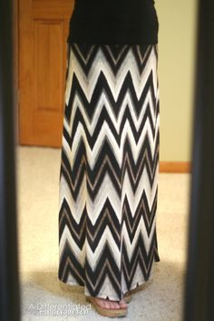 Love the pattern of this skirt! Great Maxi.