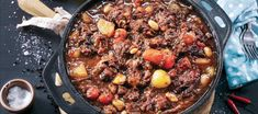OXTAIL POTJIE - Food Lovers Market Yummy Treats, Yummy Food, Oxtail, Ribs, Chili, Recipies, Soup, Tasty, Lovers