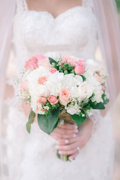 pink + white rose bouquet | Julie Paisley #wedding